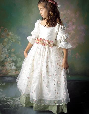 Как сшить бальное платье своими руками для