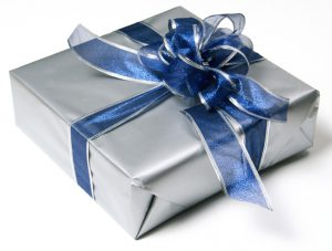 Подарки к празднику своими руками. Готовимся вместе?